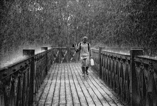 compare contrast essay snowfall rainfall One can think that a compare and contrast essay is all about comparing two things, finding out the differences and similarities between them but it is so just at first sight.