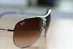 are maui jim sunglasses better than ray bans  ray ban. maui jim